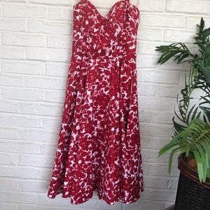 Gorgeous Maggie London Halter Dress -Size 6